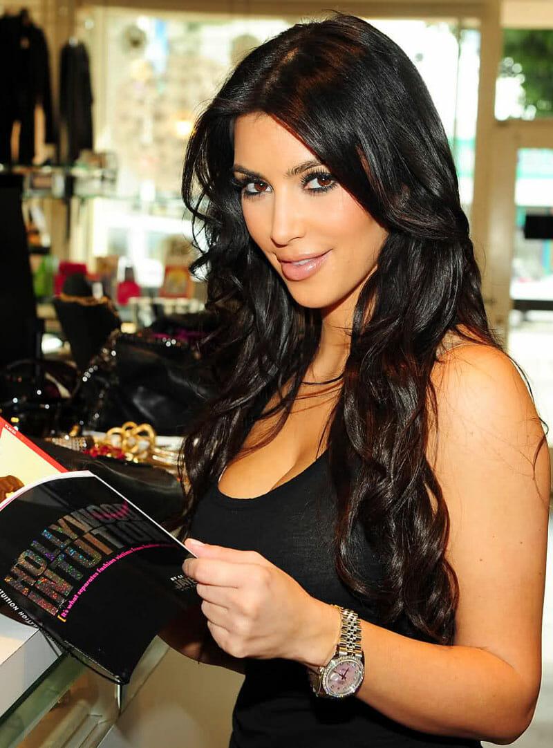 Kim kardashian sporting a rolex datejust rubber b for Celebrity watches female 2018