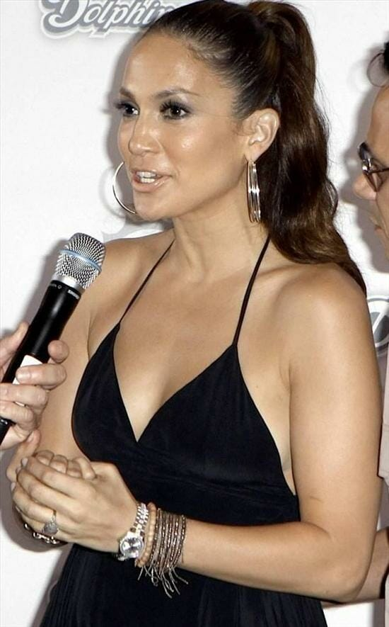 Jennifer lopez and her rolex datejust rubber b for Celebrity watches female 2018