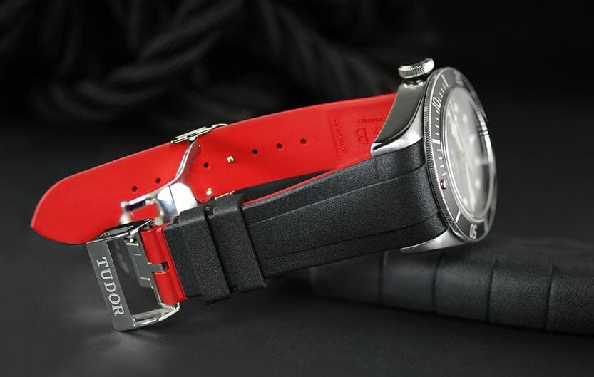 Red watchband for the Tudor Blackbay